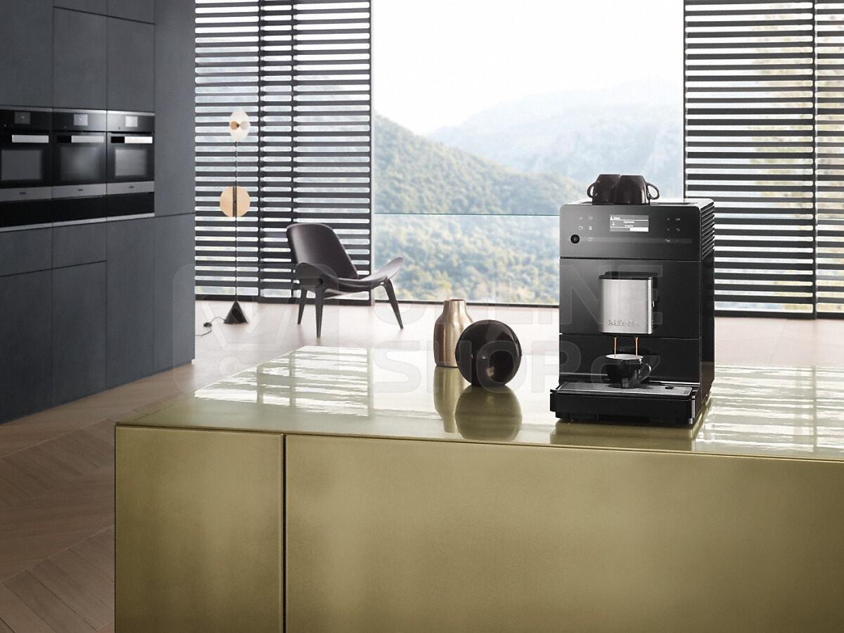Automatické espresso Miele CM 5300 černé