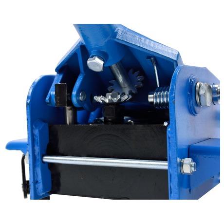 Hydraulický zvedák 3,5t, vybaven nožním pedálem GEKO