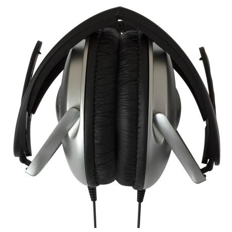 Sluchátka Koss UR 18 (doživotní záruka) - černá/stříbrná - Koss UR18 -černá/stříbrná (foto 2)