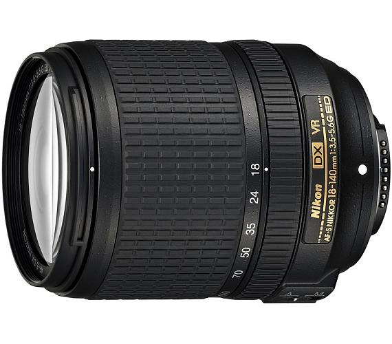 Nikon AF-S VR DX Zoom-Nikkor 18-140mm f/3.5-5.6G IF-ED (7,7x)