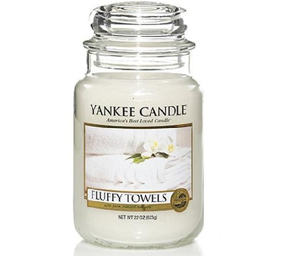 Vonná svíčka Yankee Candle Fluffy Towels