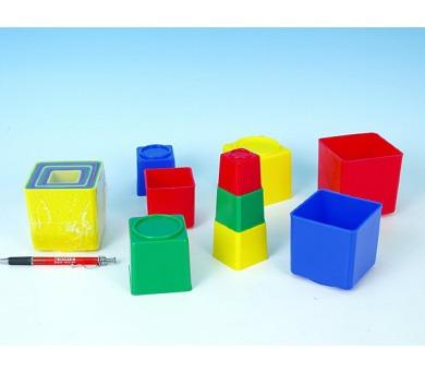Kubus pyramida hranatá plast asst 4 barvy 9ks v sáčku od 12 měsíců