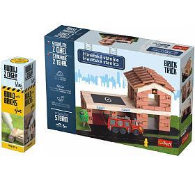 Pack Stavějte zcihel Hasičská stanice stavebnice Brick Trick +lepidlo grátis vkrabici 35x25x7cm