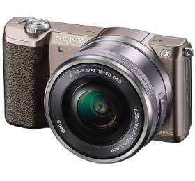 Sony A5100L, 16-50mm, 24,3Mpix, hnědý